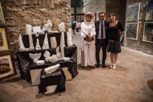 Patrizia Di Poce, vincitrice il premio dell'Enciclopedia, sezione scultura