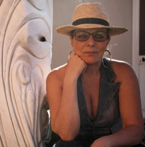 Patrizia Di Poce, scultrice, pittrice, ceramista